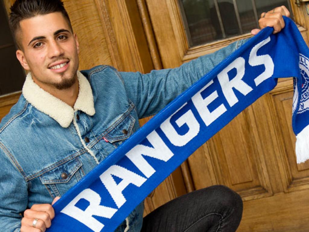 Fábio Cardoso no Rangers de Caixinha — Oficial