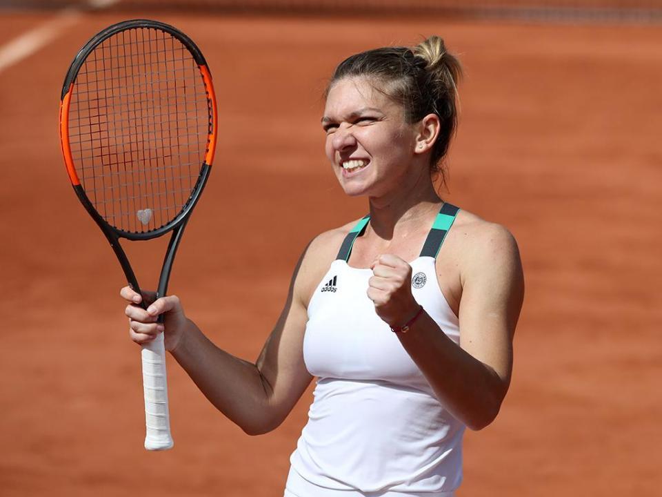 Simona Halep recebida por 15 mil pessoas após vencer Roland Garros