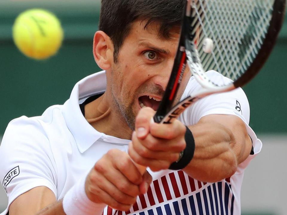 Wimbledon: Djokovic «esmaga» Nishikori a caminho da meia-final
