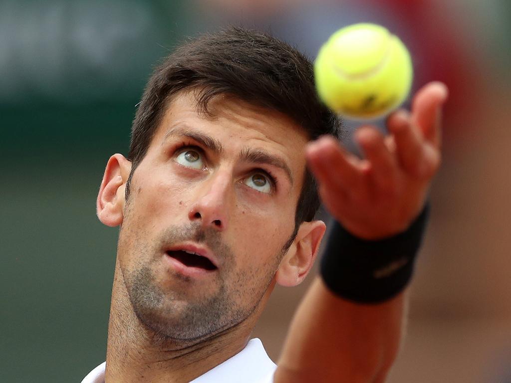 Ténis: Djokovic fora do «top 10» pela primeira vez em dez anos