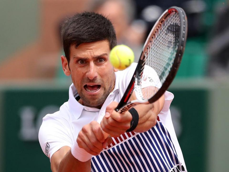 Roland Garros: Djokovic segue para a 3.ª ronda