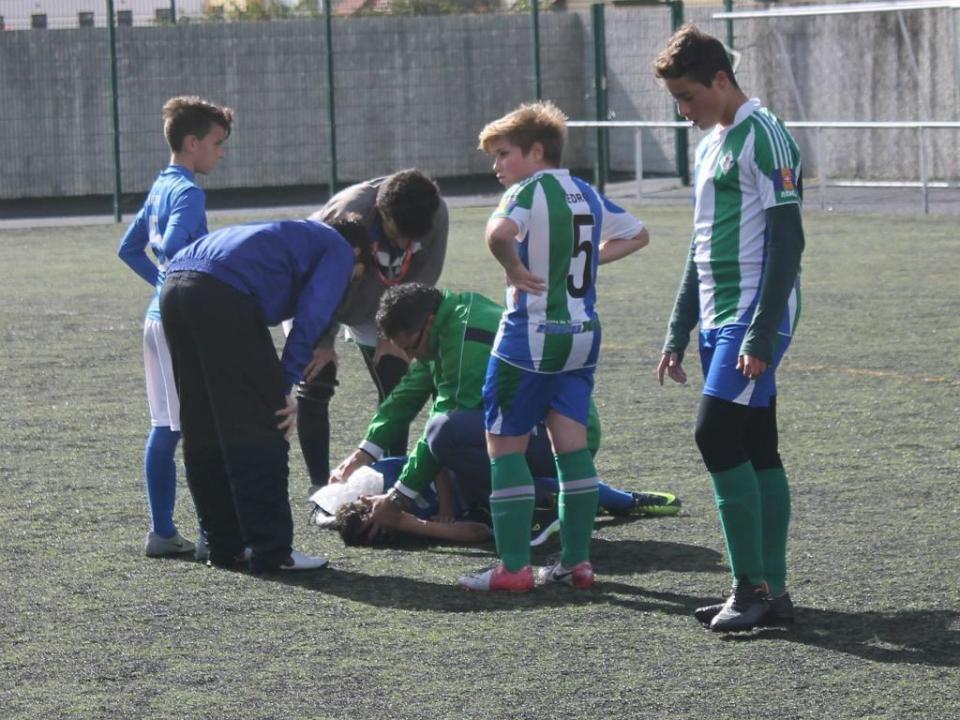 O massagista bloqueado por Michael Thomas no Benfica