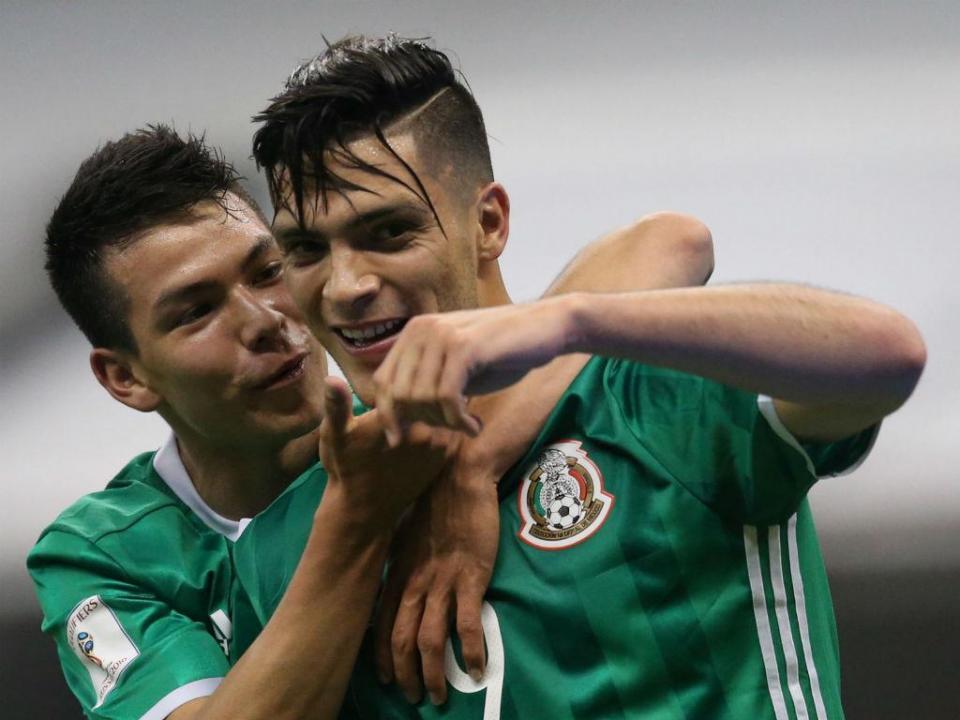 Jiménez marca, mas México perde com Uruguai