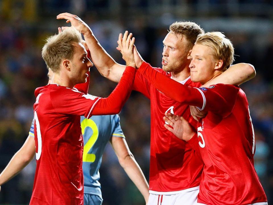 Dinamarca volta a um Mundial, Rep. Irlanda goleada em casa