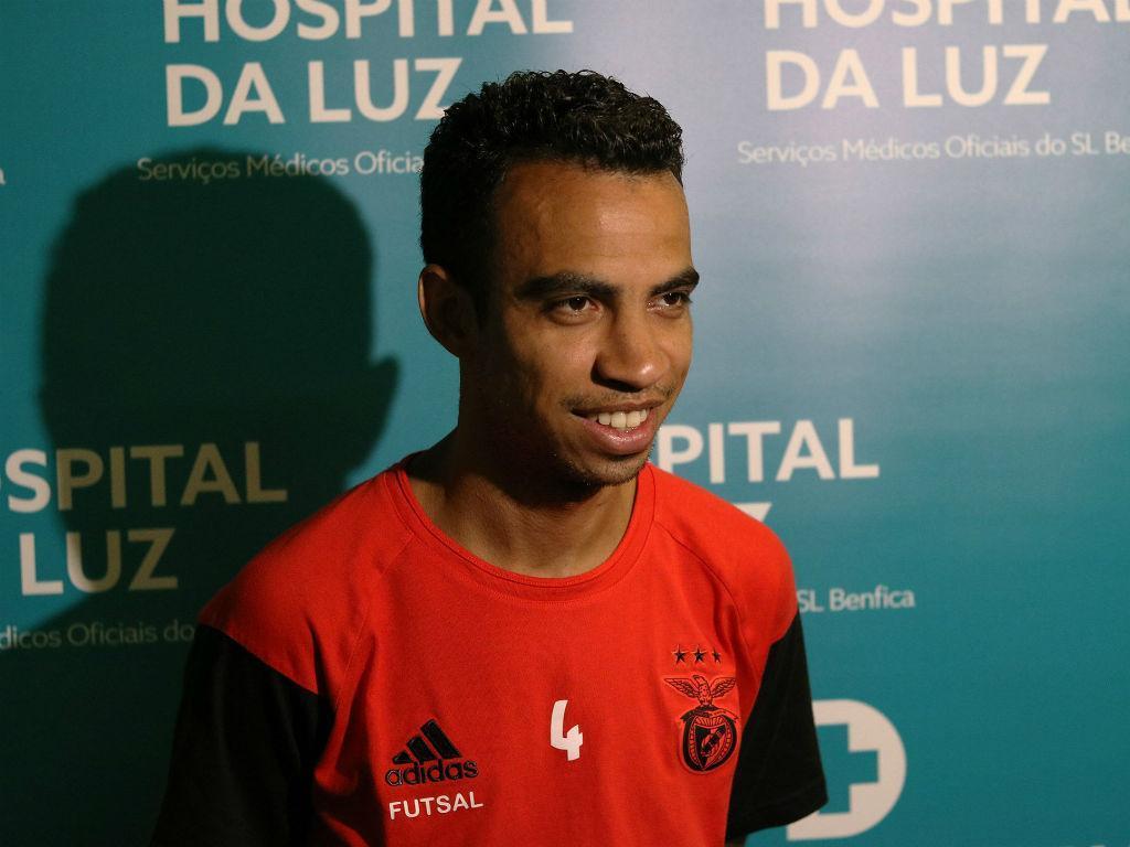 Benfica garante Robinho por duas épocas — Futsal