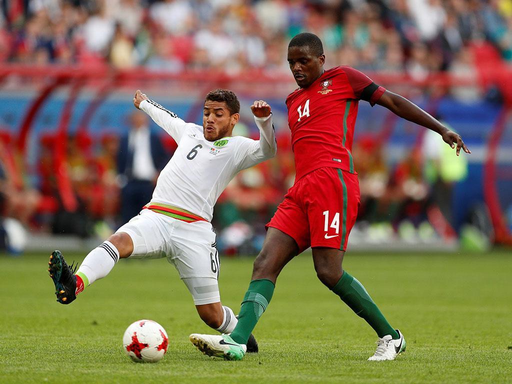 William Carvalho já tem a medalha do Euro 2016