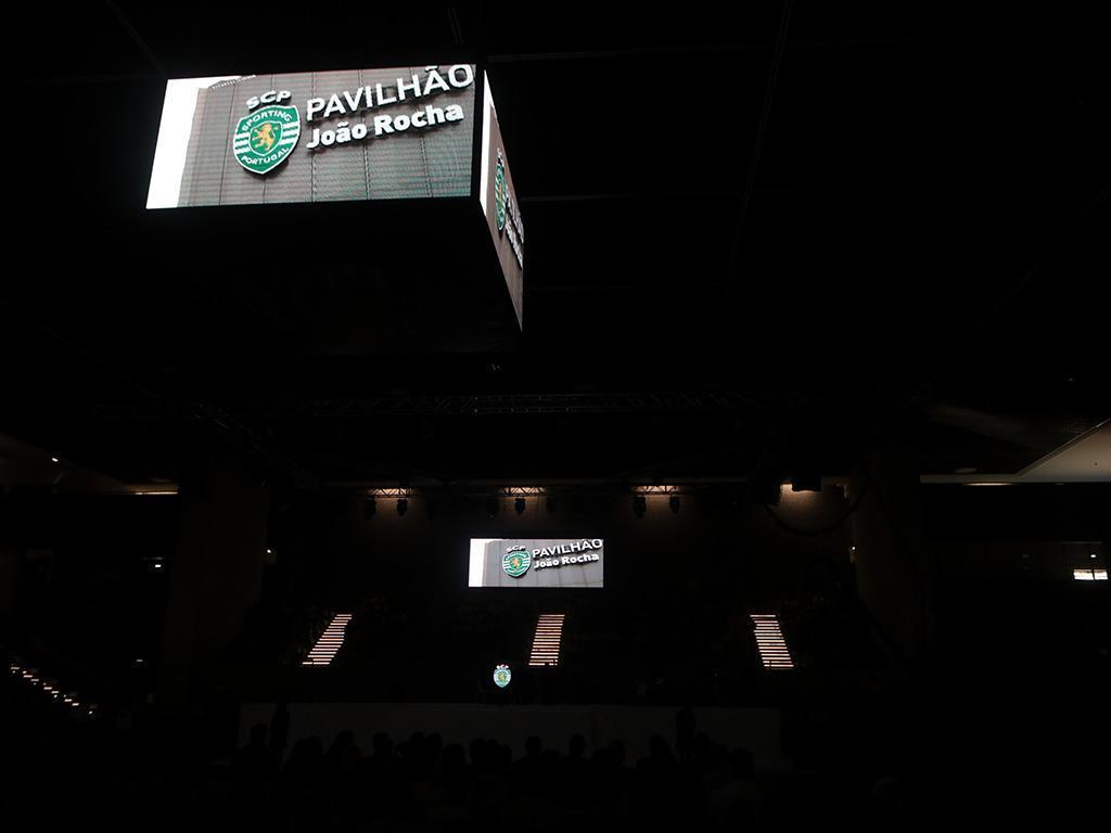 Voleibol: Sporting anuncia reforço