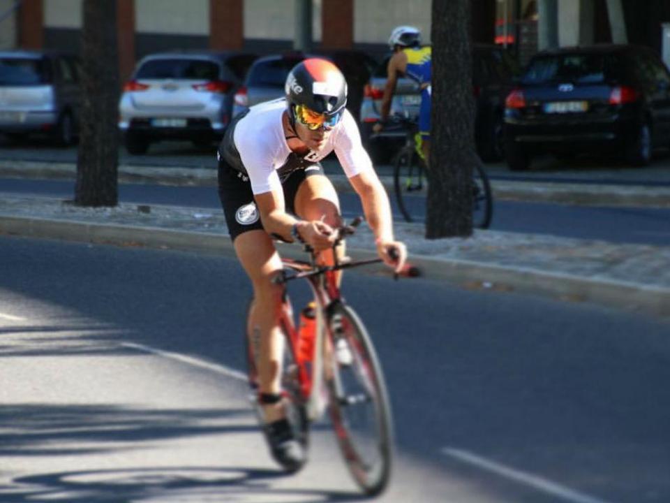 Triatlo: João Pereira foi 25º em Gold Coast