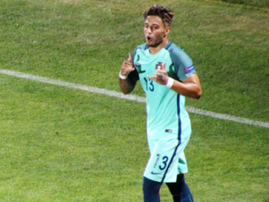 Euro sub-19: Dalot e Rui Pedro entre dez destaques da UEFA