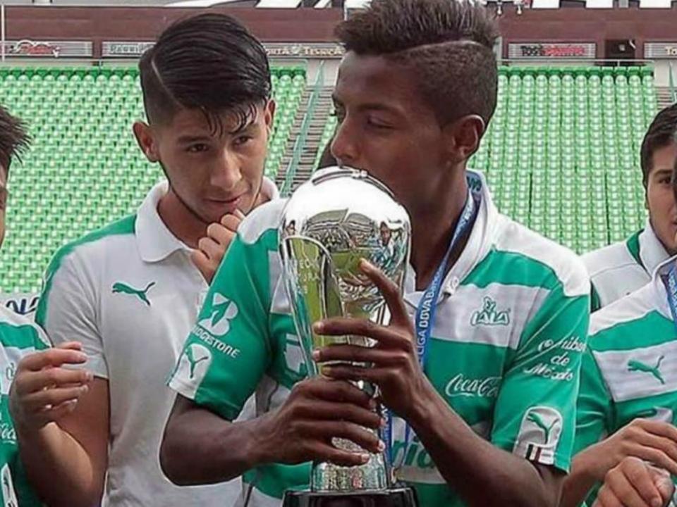 Santos Laguna faz esclarecimento sobre jogador emprestado ao FC Porto