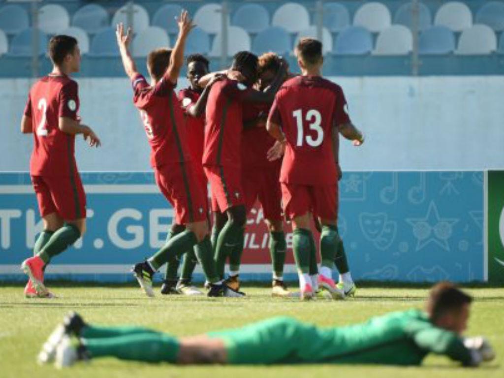 Inglaterra vence Portugal e é campeã do Europeu sub-19