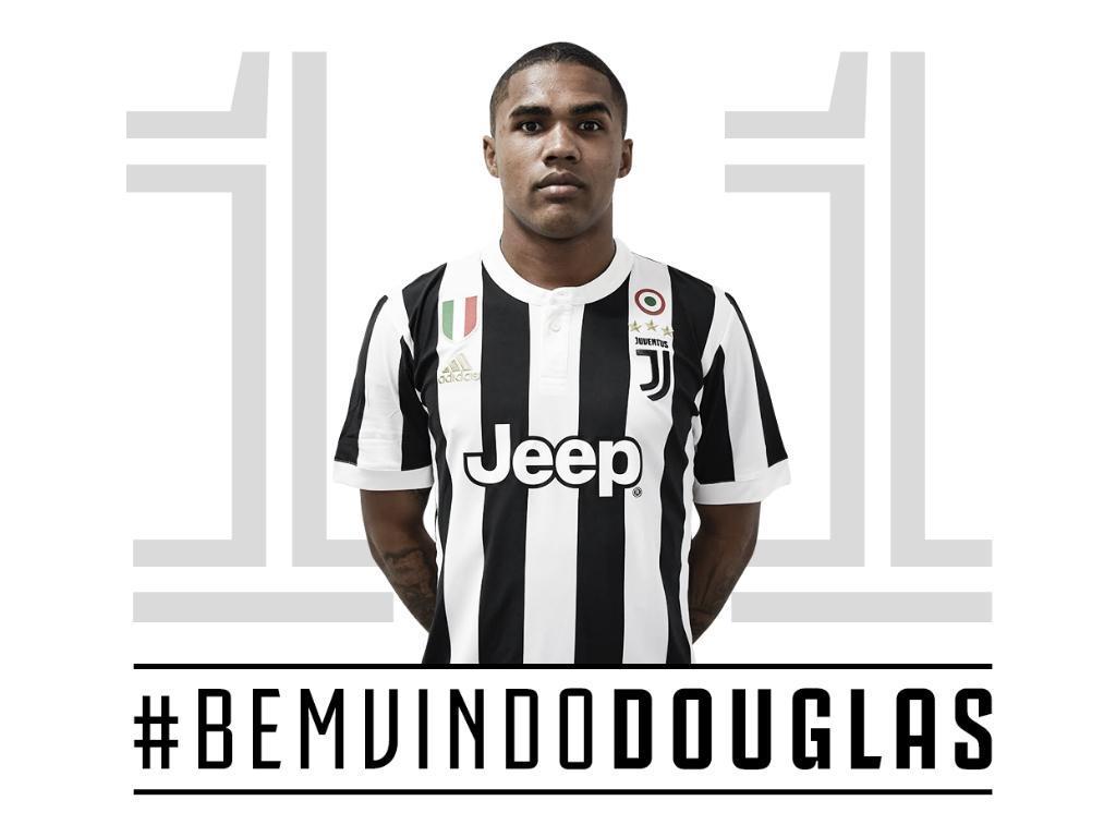 Douglas Costa apresentado na Juventus: «Cheguei ao lugar certo, na hora certa»