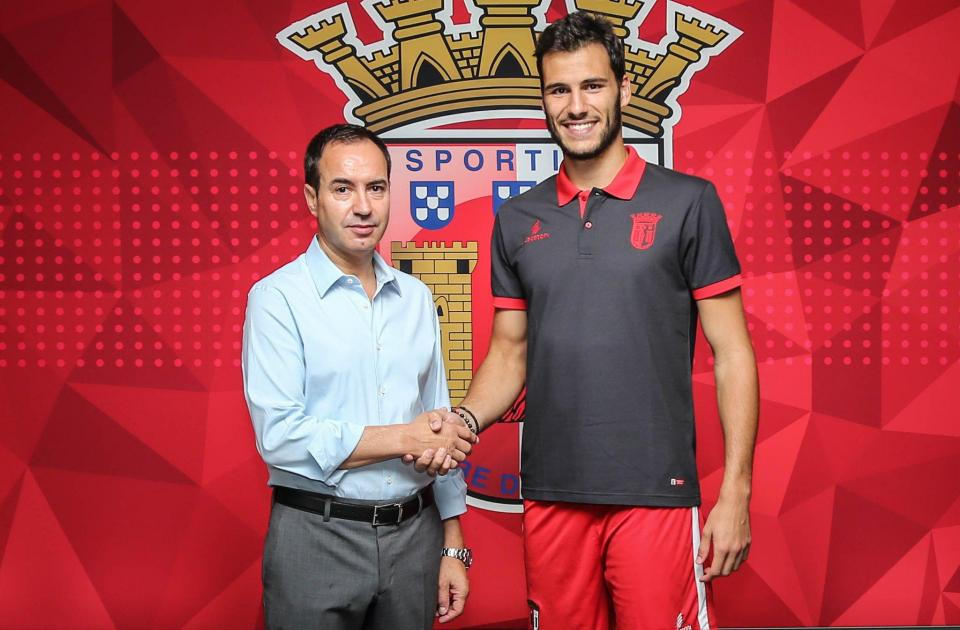 Sp. Braga anuncia rescisão com André Moreira