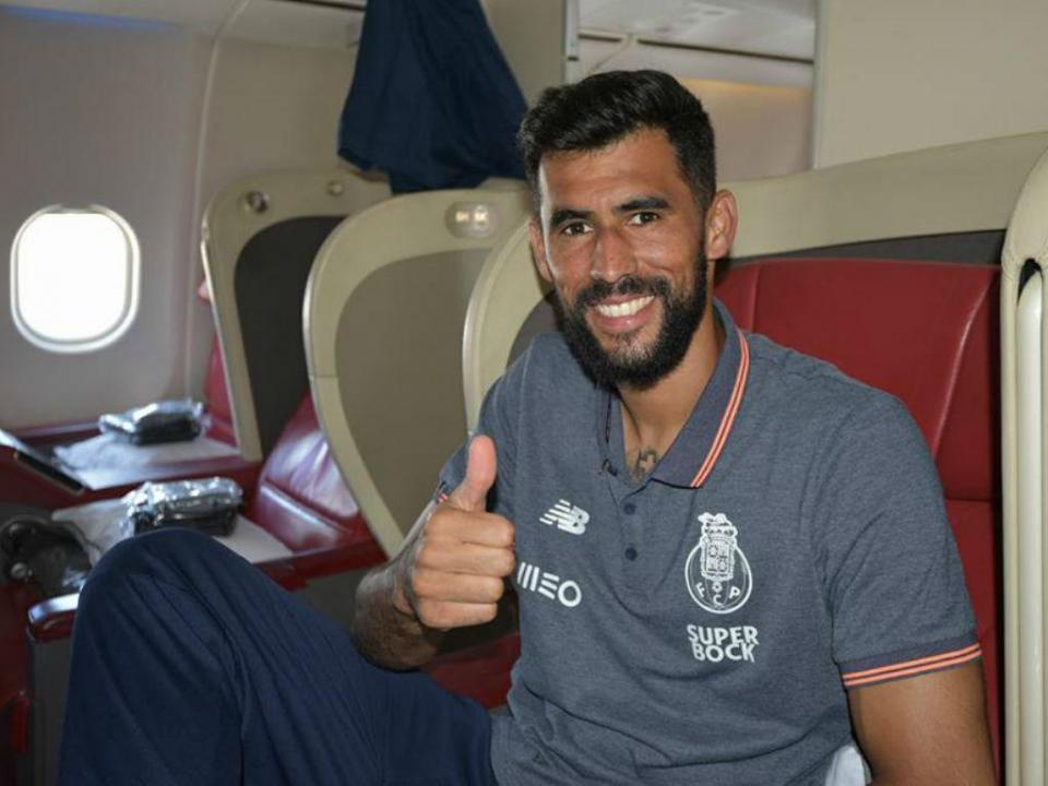 Vaná não pensa sair do FC Porto e sonha com a estreia