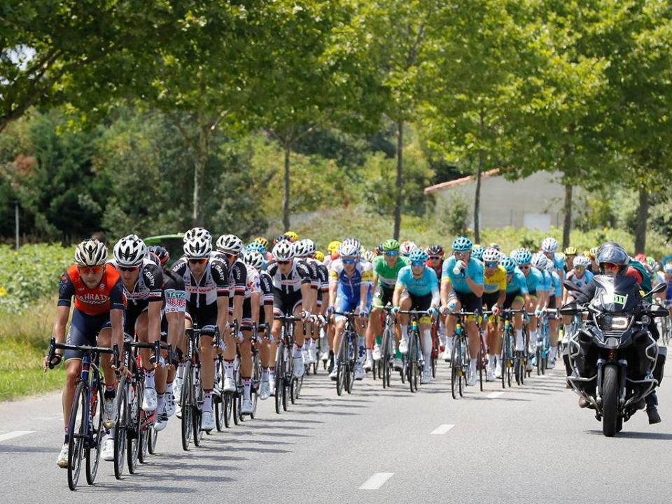 Vuelta: Elia Viviani vence, Kwiatkowski mantém liderança