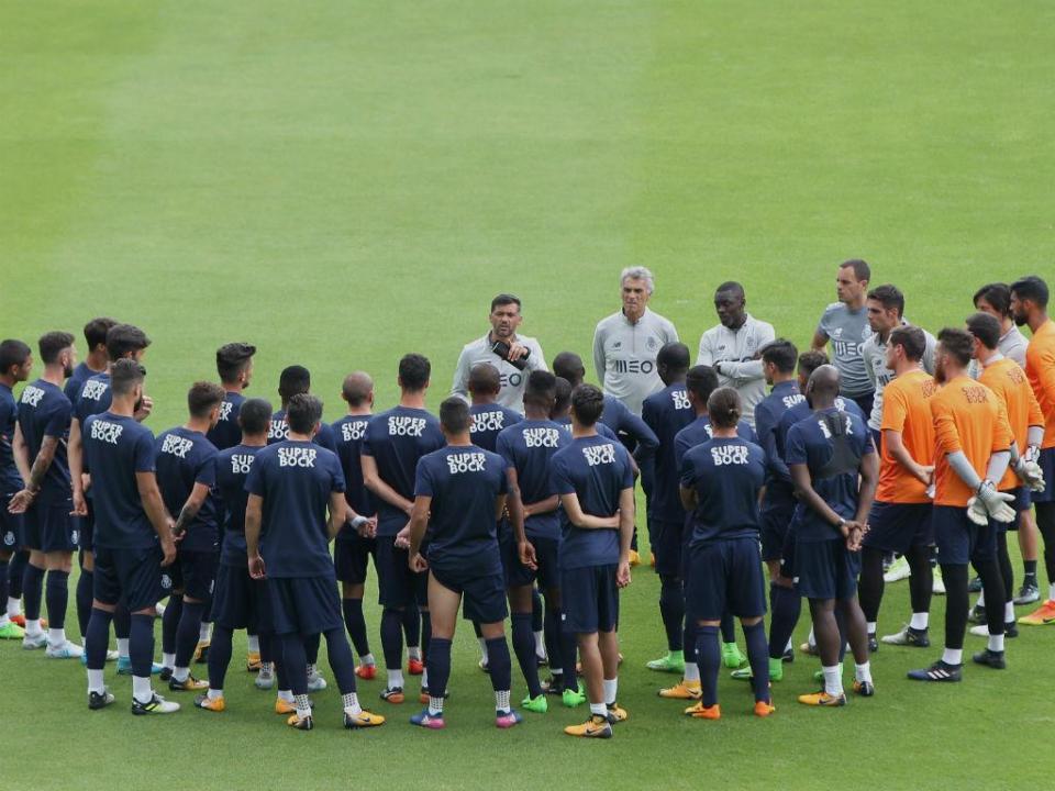 FC Porto: quatro indisponíveis e duas novidades no treino