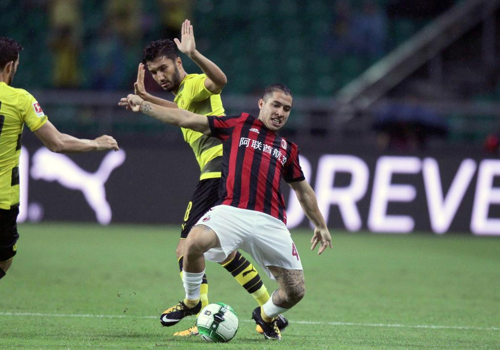 Milan, ainda sem André Silva, derrotado pelo Dortmund — Champions Cup