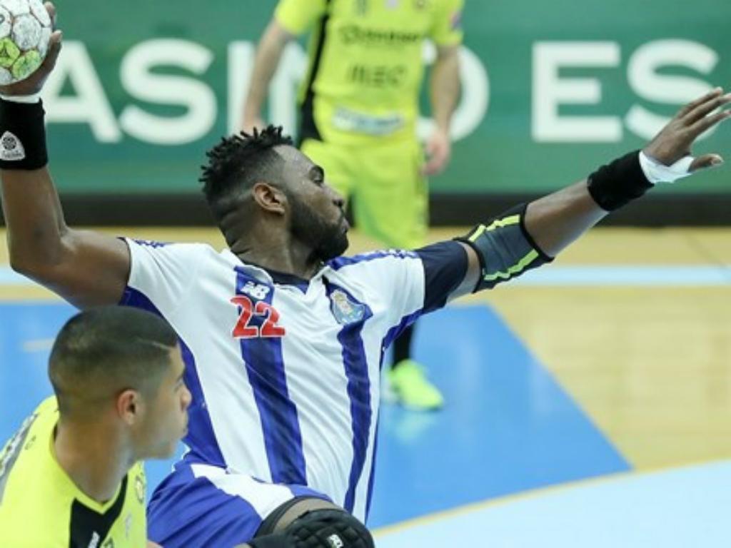 Andebol: FC Porto bate Madeira SAD e aproxima-se de Benfica e Sporting