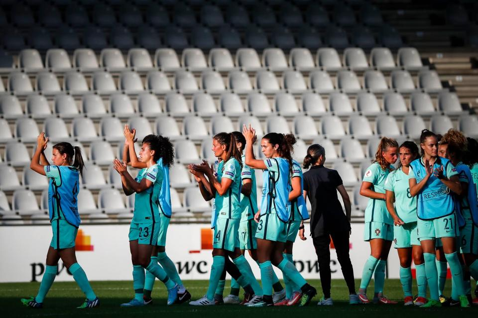 Seleção feminina começa com pé esquerdo apuramento para o Mundial