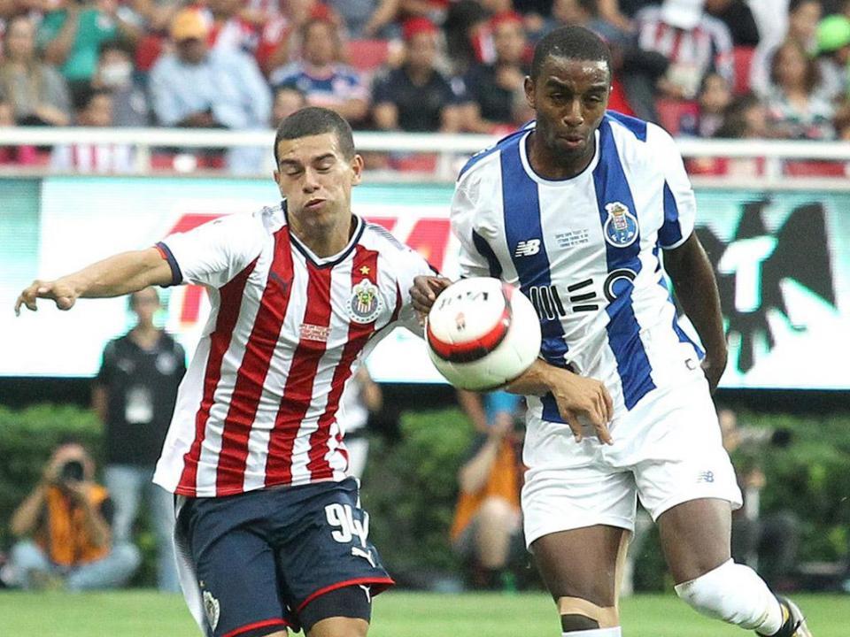 Chivas-FC Porto, 2-2: Ricardo e Aboubakar são mesmo reforços