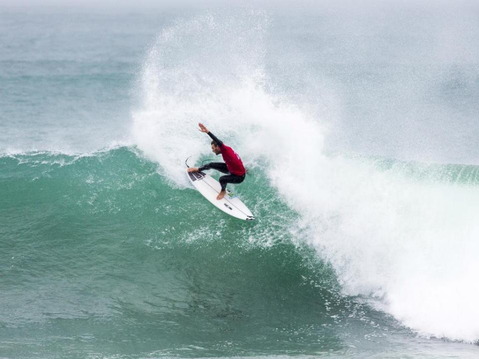 Surf: Frederico Morais segue para a terceira ronda em Bells Beach