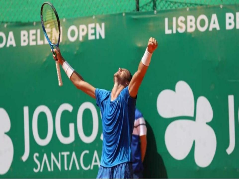Ténis: Gonçalo Oliveira eliminado do Challenger de Cassis