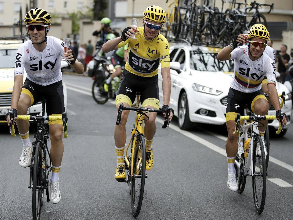 Ciclismo: diretor do Giro desafia Froome a fazer história