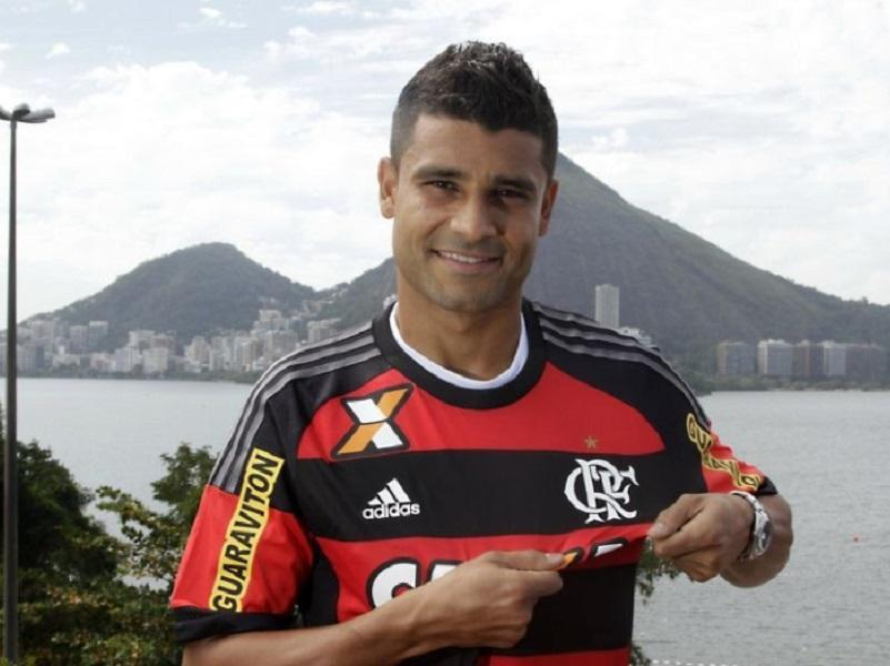 Flamengo: Ederson termina quimioterapia e volta aos treinos