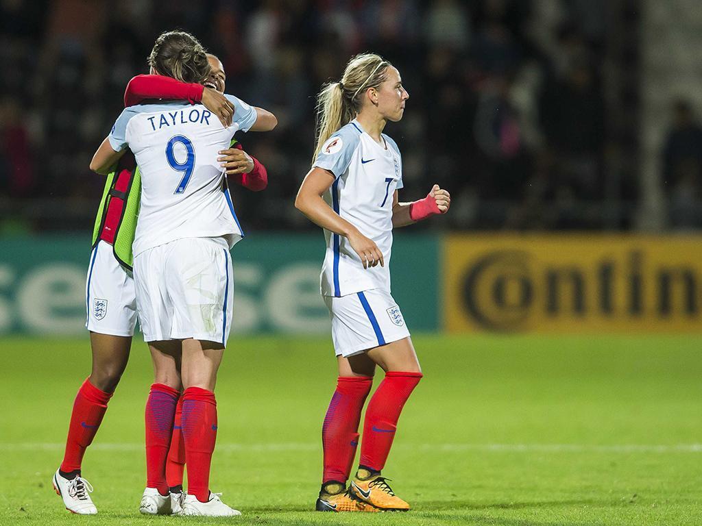 Federação inglesa pede desculpa por racismo na seleção feminina