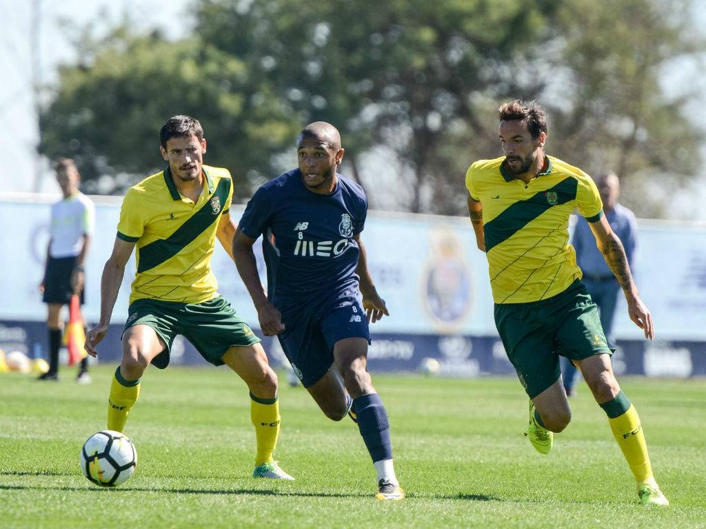 FC Porto vence Paços de Ferreira, por 4-1, em jogo-treino