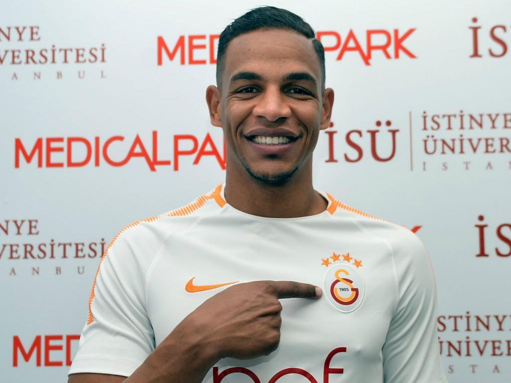 Fernando (ex-FC Porto) é reforço do Galatasaray — OFICIAL