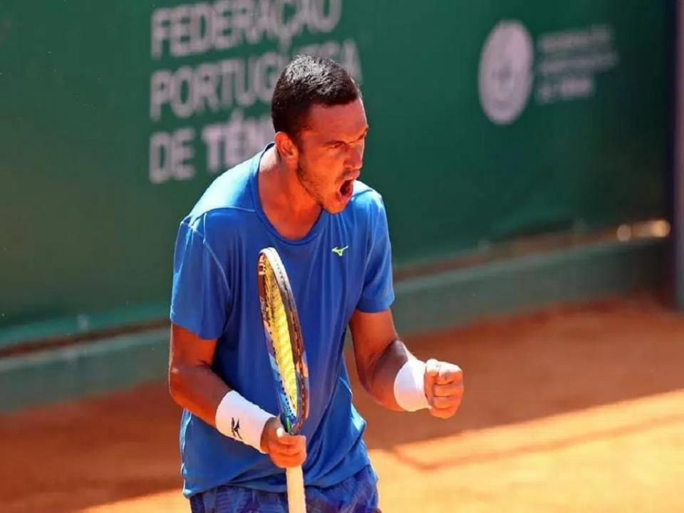 Gonçalo Oliveira eliminado na primeira ronda do challenger de Shymkent