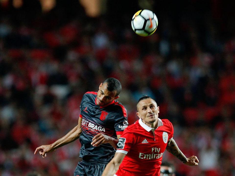 48ec2c227b Benfica-Sp. Braga  antevisão e onzes prováveis