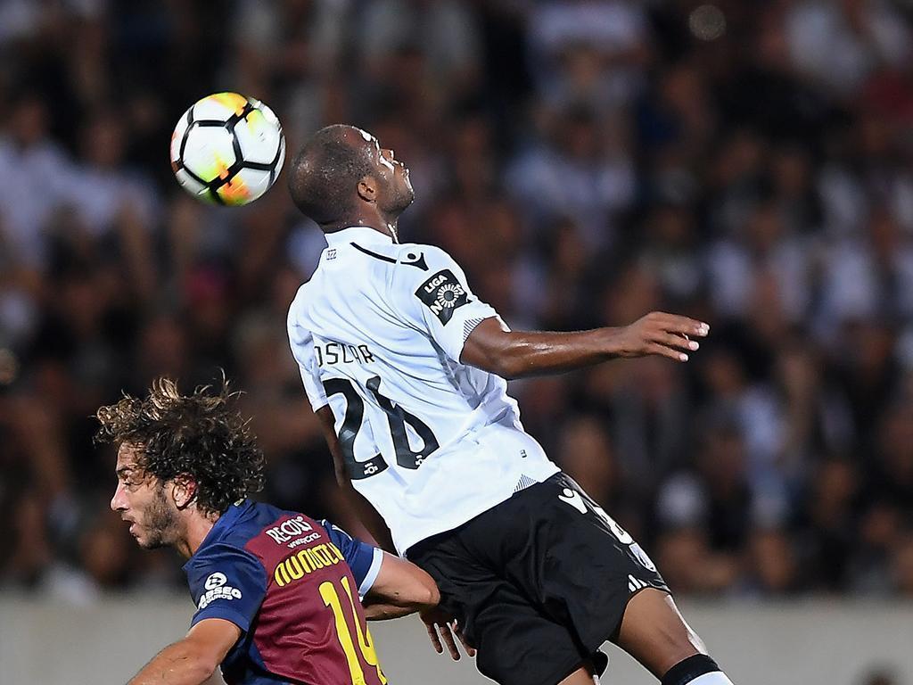 V. Guimarães: Estupiñan convocado quase dois meses depois