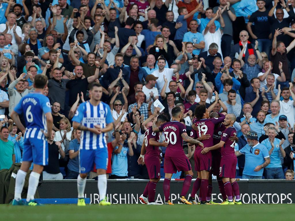 Manchester City vence e Bernardo Silva estreia-se