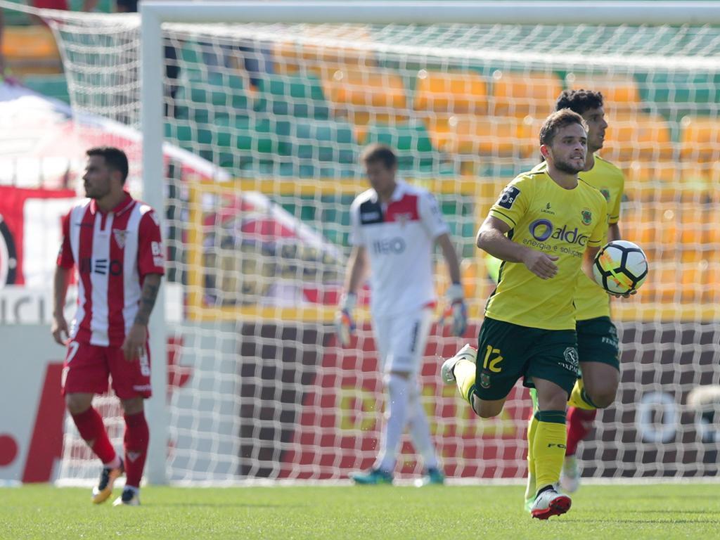 Paços Ferreira-Desp. Aves, 2-2 (resultado final)