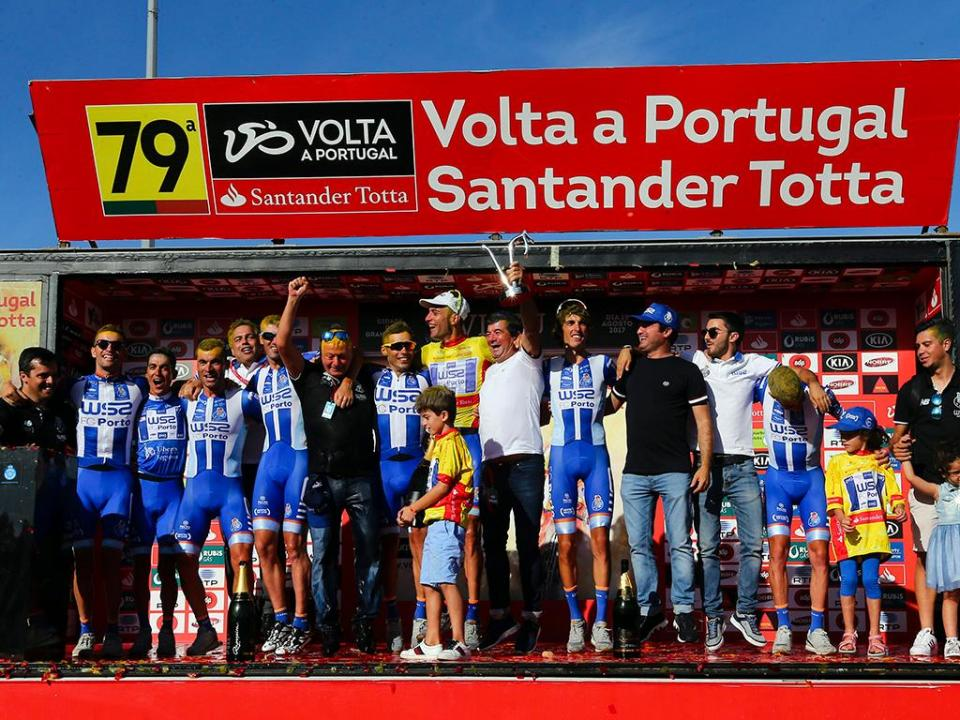 Ciclismo: W52-FC Porto apresentou-se para defender vitória na Volta