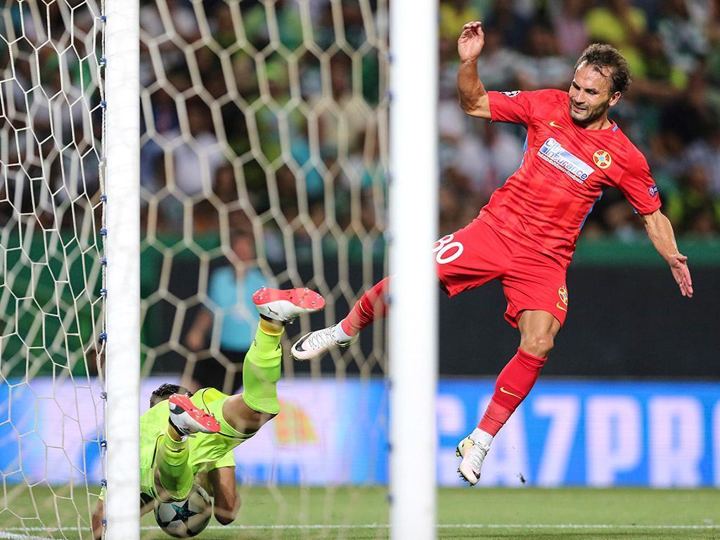 Atenção Sporting: autogolo de Artur Jorge na vitória do Steaua (VÍDEO)