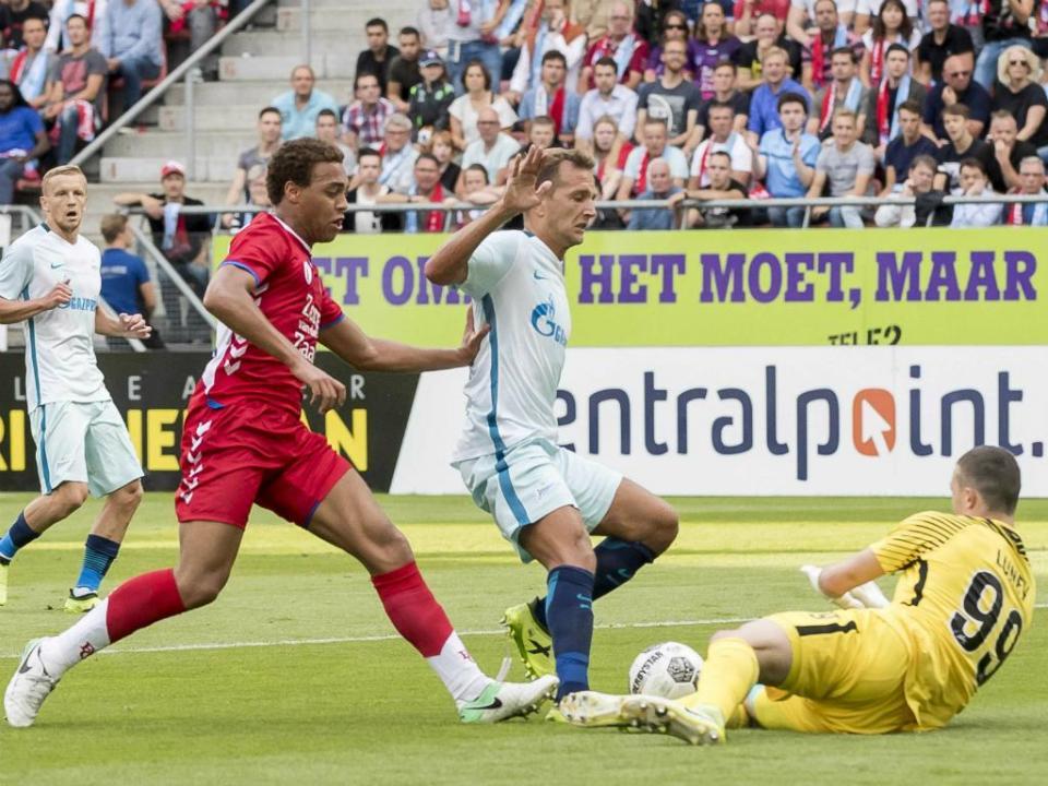 LE: Labyad marca e Utrecht tem vantagem sobre Zenit