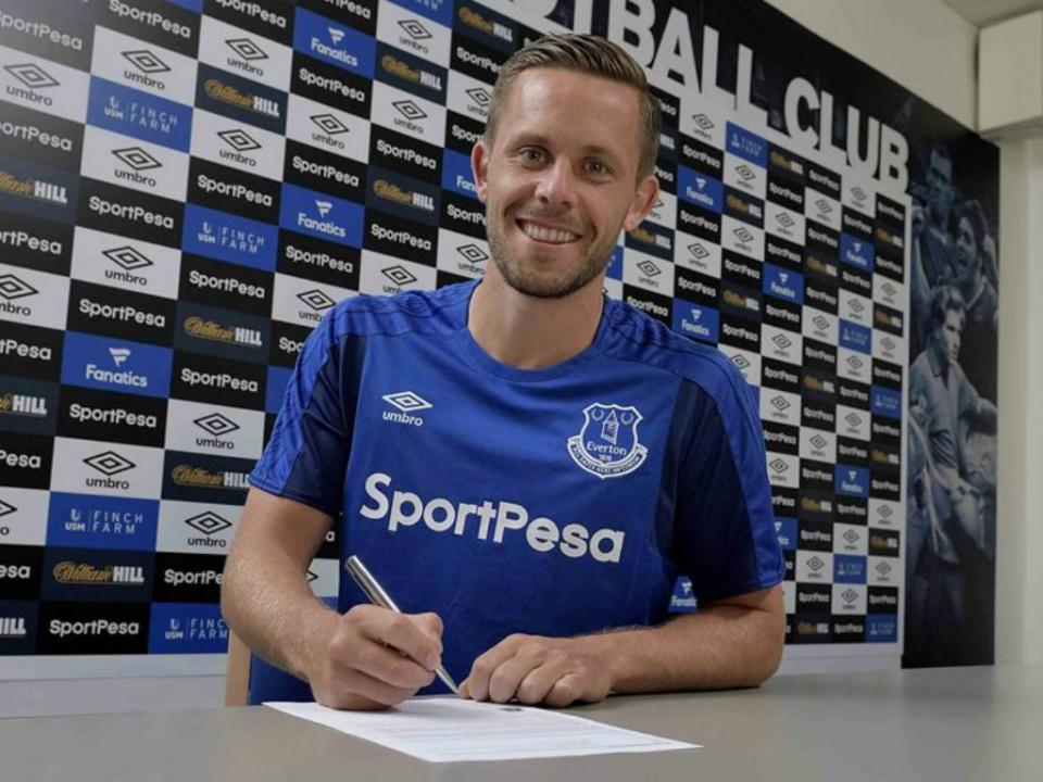 Everton: Sigurdsson vai parar entre 6 e 8 semanas