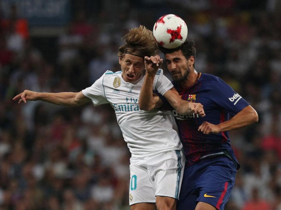 Barcelona: André Gomes e Nélson Semedo na lista para Madrid