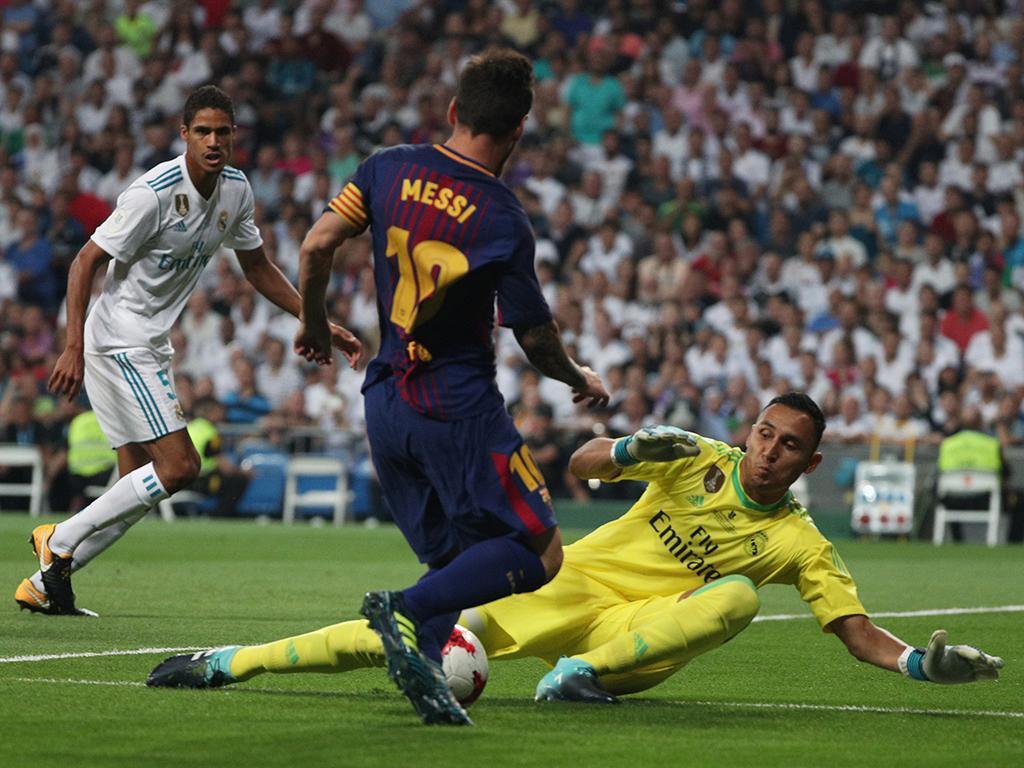 Keylor Navas regressa ao Real Madrid com lesão