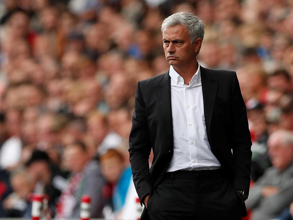 Diretor geral do Benfica dá favoritismo ao Manchester United