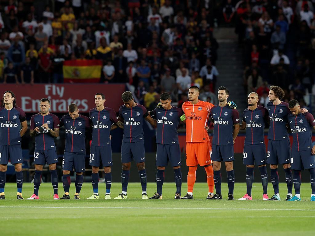 VÍDEO: Neymar emocionado na homenagem a Barcelona