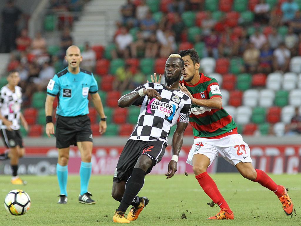Três vezes 100: Liga destaca Idris, Pelé e Tomané