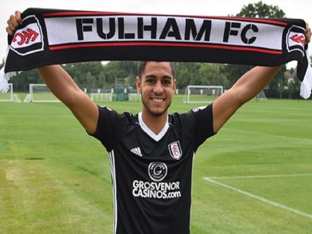 Oficial: FC Porto cede Rafa Soares ao Fulham