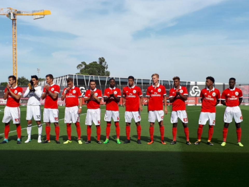 Benfica B vence com bis de Heriberto e sobe ao sexto lugar