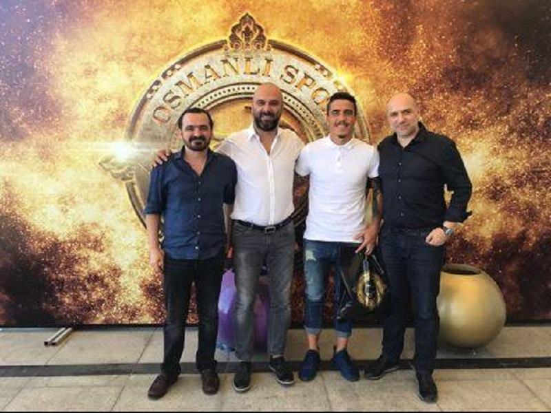 Turquia: golo de Mikel Agu trama Josué e Tiago Pinto