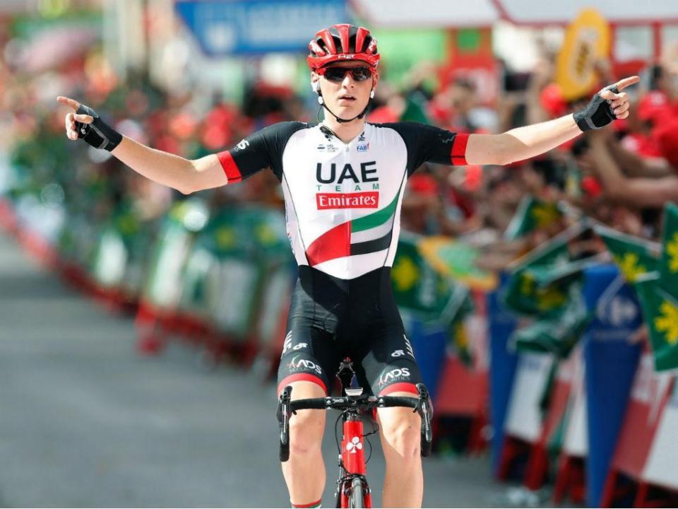 Giro: Mohoric vence etapa, Yates continua líder da geral