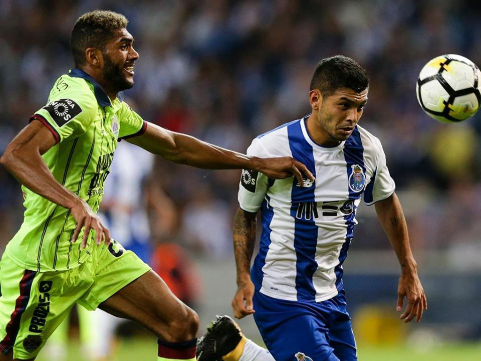 VÍDEO: Corona é expulso e falha o FC Porto-Benfica